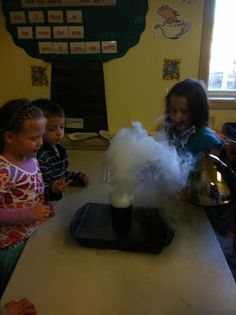 Discovery Kidzone Montessori Adventures: Super Science Sublimation Experiment