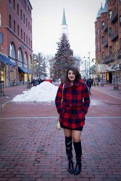 Church Street Burlington, Vermont - Part 2 Kittycation  #burlington #vermont #anniversary #churchstreet #shopping #blogger #bloggerlife #bloggerstyle #fashionblogger #instagram #snapchat #escape #letsdothis #optoutside #kennethcole #ikebehar #michealkors