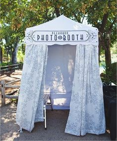 Cute #outdoor #canopy at this #photobooth party! Photo via #Weddingchicks #TheRasersPhotography