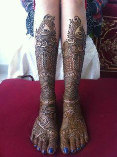 bridal henna design Check out more desings at: http://www.mehndiequalshenna.com/