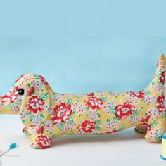 Free pattern for Dave Dachshund