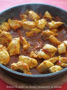 Emincé de poulet au chorizo et au concentré de tomates Chorizo, Cooking Recipes, Healthy Recipes, Meat Chickens, Wok, Mozzarella, Sweet Recipes, Entrees, Bacon