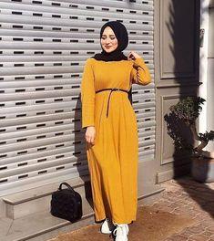 Hijaber Manja: Videos of Beautiful Angels Make Love Hijab Style Dress, Modest Fashion Hijab, Modern Hijab Fashion, Hijab Fashion Inspiration, Hijab Chic, Muslim Fashion, Abaya Fashion, Fashion Dresses, Diy Fashion