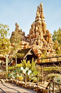 10 things to pack when going to Disney -