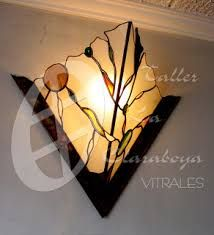 I'm a sucker for this impressive photo Stained Glass Lamp Shades, Stained Glass Table Lamps, Stained Glass Light, Stained Glass Designs, Stained Glass Panels, Stained Glass Projects, Stained Glass Patterns, Tiffany Lamp Shade, Lampe Art Deco