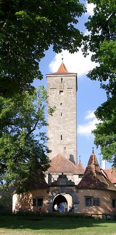 From the late Middle Ages to 1803, Rothenburg ob der Tauber was a Free Imperial City in Bavaria, Germany. Now it's a tourist destination well known for its well-preserved medieval town and architecture. It's so gorgeous, parts of Chitty Chitty Bang Bang and Harry Potter and the Deathly Hallows – Part 1 were filmed in Rothenburg.