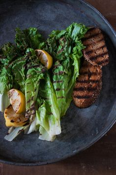 Simply Grilled Romaine with Warm Lemon Vinaigrette by thecoolyork #Salad #Romaine #Lemon #Healthy