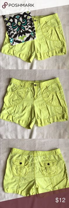 Neon Green/Yellow Shorts Waist 16 in. Inseam 5 in. Front rise 9 in. Cuffed. Size 10. All measurements taken laying flat. 55% linen, 45% cotton. Good used condition. Apt. 9 Shorts
