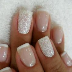 Elegant brides nails