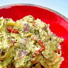 Mörköpasta (Marko Anttilan lempipasta) - Frutti Di Mutsi Wine Recipes, Pasta Recipes, Cooking Recipes, Guacamole, Pesto, Good Food, Food And Drink, Baking, Ethnic Recipes