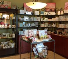 Shop online for spa gifts. Skin care, makeup, brushes, soaps, candles, cleansers, masks, slippers, robes, bath products, essential oils, lipsticks, anti-wrinkle creams and serums and more. #gifts #giftsideas #cheapgifts #luxuriousgifts #shopthebestgift Relaxation Gifts, Spa Services, Spa Gifts, Cheap Gifts, Wrinkle Creams, Anti Wrinkle, Cleansers, Online Gifts, Bath Products