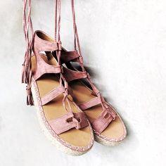 Fun-tastic 💗 🔎 Free Bird Espadrille Sandals