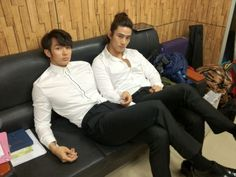 2am's Seulong and 2pm's Taecyeon