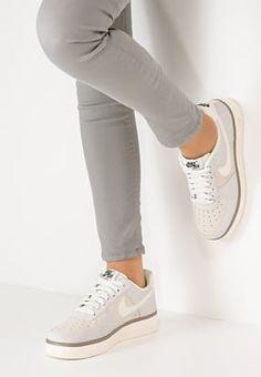 Chaussures Nike Sportswear AIR FORCE 1 '07 - Baskets basses - sail/black/light taupe beige: 100,00 € chez Zalando (au 07/07/16). Livraison et retours gratuits et service client gratuit au 0800 915 207.