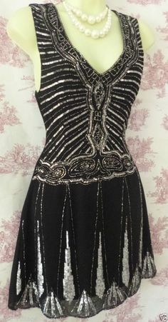gatsby flapper deco 20's vintage style bead black silver sequin dress 10 8 #Unbranded #20sdecoflappercharlestongatsbysequinbead #Party