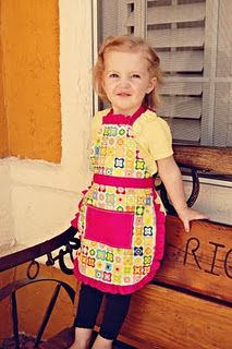 Super cute and easy kids apron diy tutorial with pics! Boy fabric of course try with tablecloth fabric for wipe clean