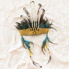 headdress // thumbeline