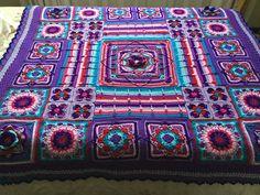 Crochet Afghans, Crochet Granny, Mandala Blanket, Demelza, Fabric Yarn, Poldark, Crochet Ideas, Nifty, Ravelry