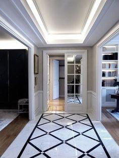 Entrance gallery - marble floor - Carrara white and black Marquina - mirror doors - wallpaper - year 2016 - - Flur Design, Tile Design, Foyer Flooring, House Gate Design, Hallway Designs, Staircase Design, Ceiling Design, Home Interior Design, Luxury Homes