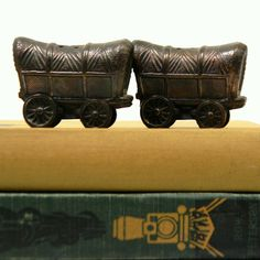 Covered Wagon S&P Shakers, $17 ... Etsy