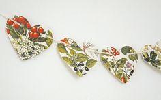 Autumn Berries Bunting, Fall Heart garland, Autumn Bunting, Wedding decor, Fall Decor, Fall Wedding, Heart Bunting, Botanical Banner