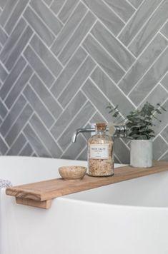 Grey Kitchen Designs With Exciting Kitchen Backsplash Trends Part 1 Grey Kitchen Designs With Exciting Kitchen Backsplash Trends Part 2 Grey Bathrooms, Modern Bathroom, Small Bathroom, Minimalist Bathroom, Bathroom Ideas, Neutral Bathroom, Neutral Kitchen, Bathroom Colors, Kitchen Colors