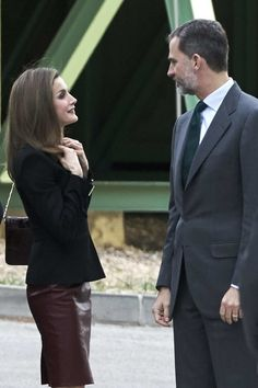 Queen Letizia of Spain Photos Photos - King Felipe VI of Spain and Queen Letizia of Spain visit CNIC (National Center for Cardiovascular Research Foundation) on February 9, 2017 in Madrid, Spain. - Spanish Royals Visit CNIC