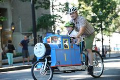 Fiets of Parenthood 13 - Bullitt cargo bike with Thomas the Tank Engine coachwork!