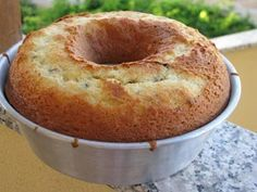 cal per serving dividing the cake in - Ciambellone allo yogurt per diabetici Baking Recipes, Cookie Recipes, Dessert Recipes, Italian Desserts, Italian Recipes, Diabetic Cake, Torte Cake, Yogurt Cake, English Food