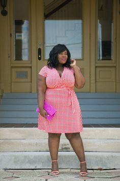Musings of a Curvy Lady, Plus Size Fashion, Fashion Blogger, Florida Fashion, Florida Blogger, Jacksonville, Orlando, Tampa, Miami, Resort Wear, Leota New York, Gingham Print, Wrap Dress, Neon Coral, Summer Fashion, Style Hunter, The Outfit, StyleWatch Magazine, OOTD, Women's Fashion