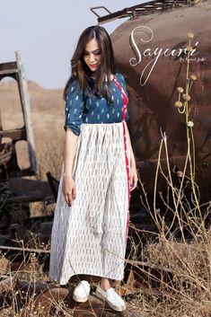 Ikat Kalamkari Dresses, Ikkat Dresses, Kurti Designs Party Wear, Kurta Designs, Cotton Long Dress, Long Frock, Casual Frocks, Frock Patterns, Long Dress Design