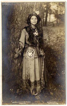 Ah-Weh-Eyu (Pretty Flower), Seneca native American girl, 1908