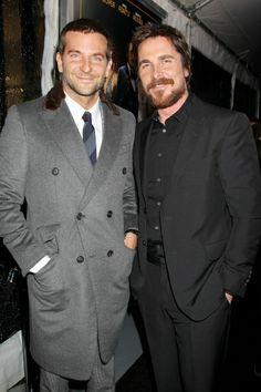 Bradley Cooper et Christian Bale lors de l'avant-première d'American Bluff