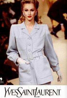 1996 - #YvesSaintLaurent Haute Couture #Mode #lamodevintage http://www.la-mode-vintage.com/