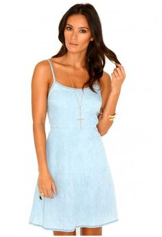 Missguided - Amedee Denim Swing Dress