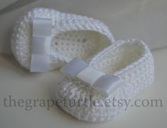 Crochet Baby scarpe bianco Baby Shoes With White di TheGrapeTurtle