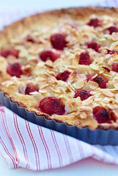 Tærte med æblekompot og hindbær - Marie Melchior