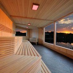Saunawelt, finnische Sauna, Dampfbad und mehr - Saunabau in Wien und Graz Sauna House, Evergreen, Deck, Stairs, Cottage, Cabin, Studio, Architecture, Wellness
