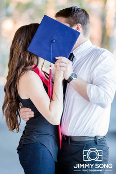 Tucson Arizona University of Arizona Senior Grad Graduation Pictures Photographer Dress Cap Gown Couples