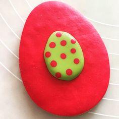 Καλό Πάσχα! Eggtastic Easter! #eastersunday #cookies #fondant #fondantcookies #royalicingcookies #chocolatecookie #the_cakery_athens @the_cakery_athens #delicious #art #yummy #cookiedecorating #cookiesofinstagram