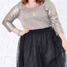 Plus size oatmeal top with sequin sleeves Thanks for shopping at my closet. All sales are final. I do not trade. Please let me know if you have any questions. Feel free to make a reasonable offer. If you lowball I will ignore you. Bundle items for a discount. Happy Poshing👍👍😀😀👚👙👕👘👖👗💋💄👠👡👢👜👛👝🎒🕶💍 Tops