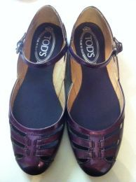 Available @ trendtrunk.com TODS-/-Made-in-ITALY--Flats By TODS / Made in ITALY  Only $148.92 Flats, Sandals, Trunks, Italy, How To Make, Money, Shoes, Closet, Fashion