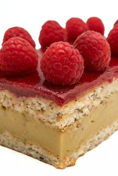 Menu, Food Art, Cheesecake, Muffins, Desserts, Dessert Ideas, Valentino, Cakes, Cream