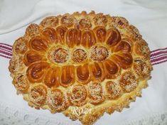 Rozi Erdélyi konyhája: Medvehagymás, szalámis kalács