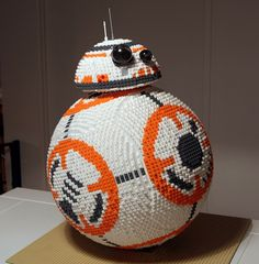 LEGO from The Force Awakens built from pieces LEGO by Henrik Lorentzen pieces!LEGO by Henrik Lorentzen pieces! Lego Books, Lego Mosaic, Lego Builder, Making A Model, Lego Design, Lego News, The Force Is Strong, Lego Models, Cool Lego