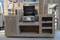 Keukenblok van steigerhout.