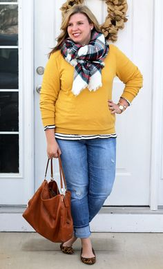 Knotted plaid blanket scarf, yellow sweatshirt, striped shirt, jeans and leopard flats. Source by tealandpolkadot Outfits curvy Adrette Outfits, Preppy Fall Outfits, Girls Fall Outfits, Fall Outfits For Work, Curvy Outfits, Scarf Outfits, Casual Plus Size Outfits, Dressy Casual Outfits, Plus Size Fall Outfit