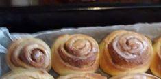 Αφράτα Ρολά κανέλας Pudding, Desserts, Food, Tailgate Desserts, Deserts, Custard Pudding, Essen, Puddings, Postres