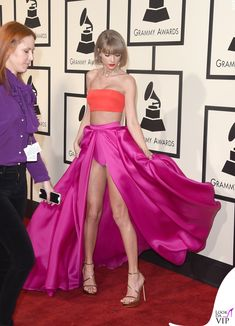 Grammy 2016 Taylor Swift total Atelier Versace 4