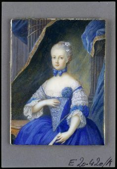 Marie Antoinette, Archduchess of Austria Portrait in blue dress with lace sleeves, closed compartments.